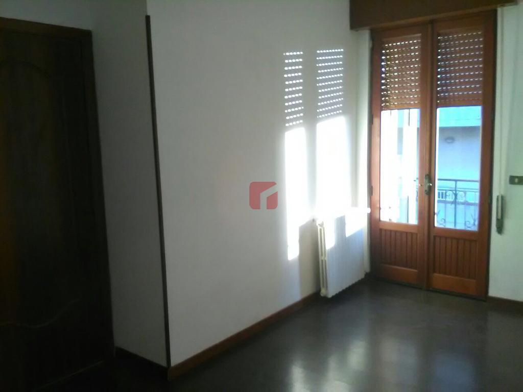 Imperialcasa appartamento non arredato a modica sorda for Locazione immobile arredato