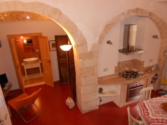 Imperialcasa modica centro storico vendesi casa ristrutt for Vendesi casa roma centro