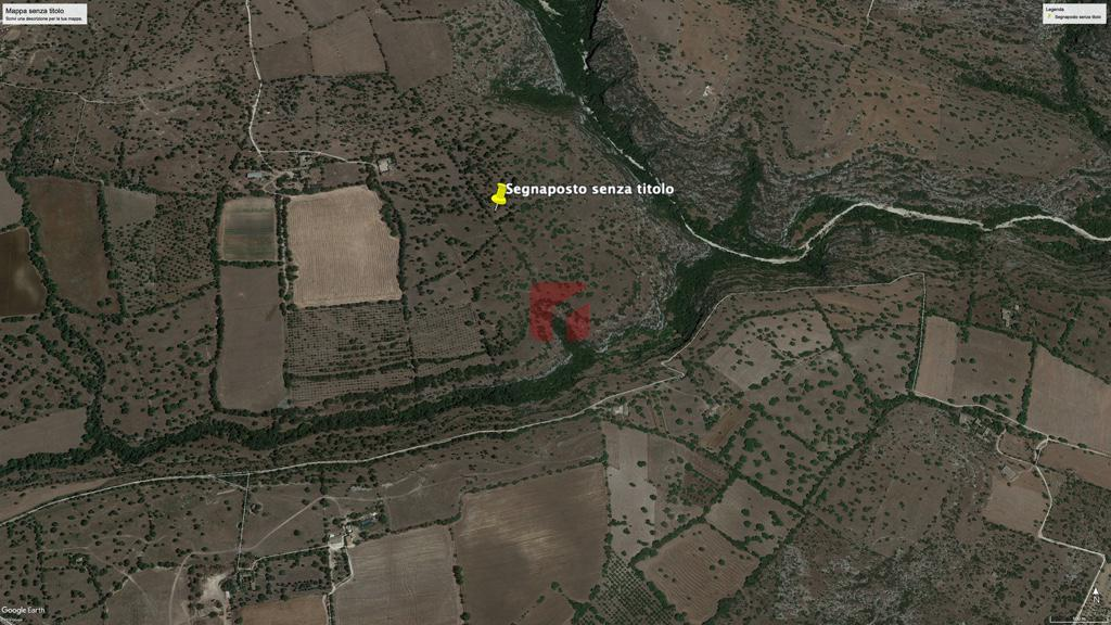 terreno con fabbricato in vendita