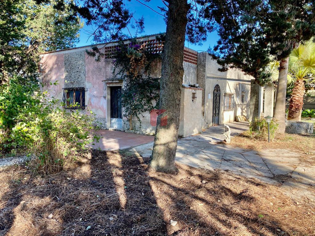 Villa in vendita a Modica zona Mauto