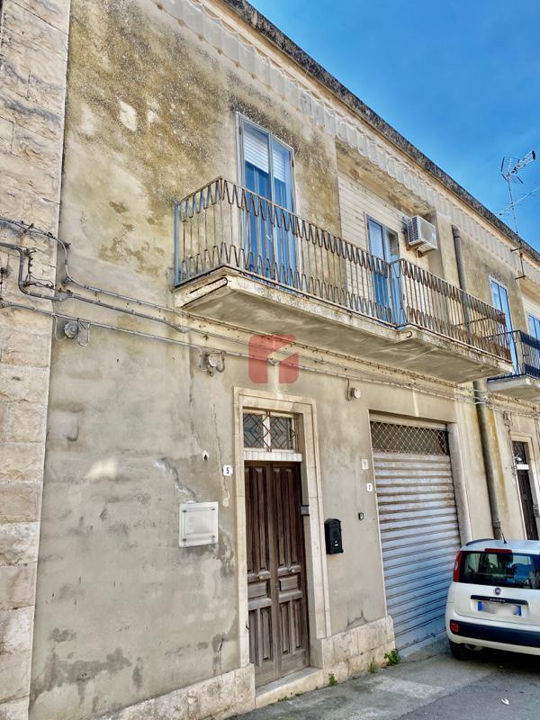 Casa indipendente in vendita a Modica Alta